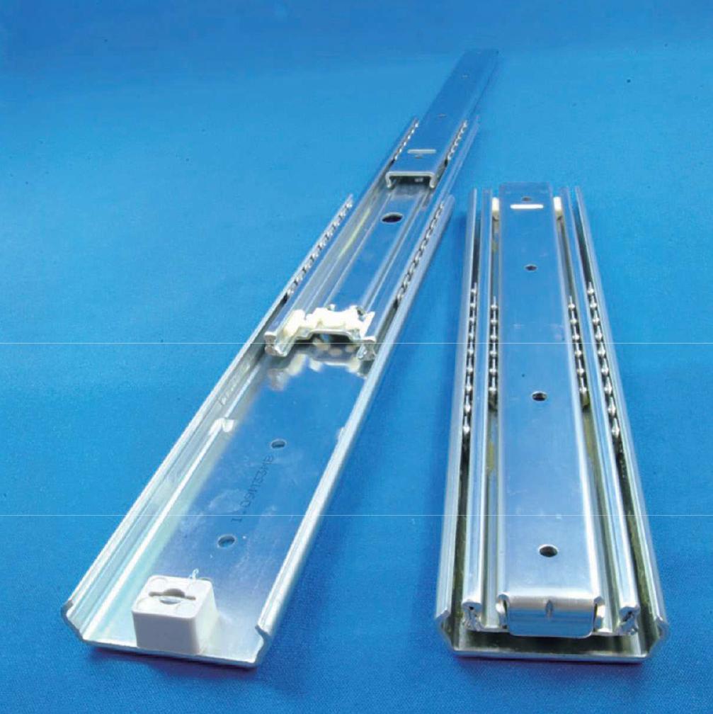 序列機構(順次伸長)により耐久性が高い、重量用オーバートラベルスライドレール 550N